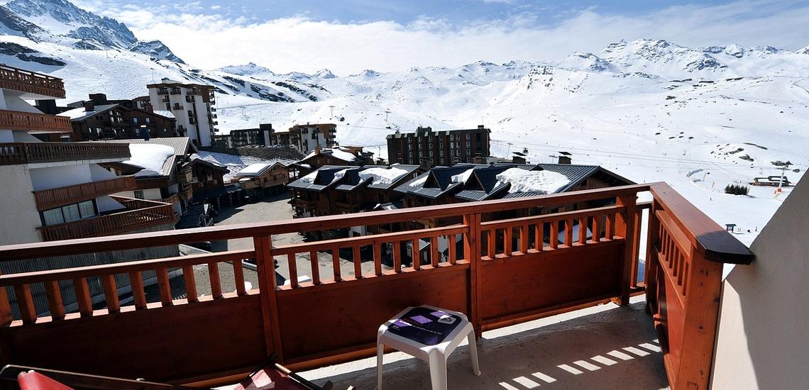 Hotel Les 3 Vallées · Val Thorens · Balkon mit Panoramablick