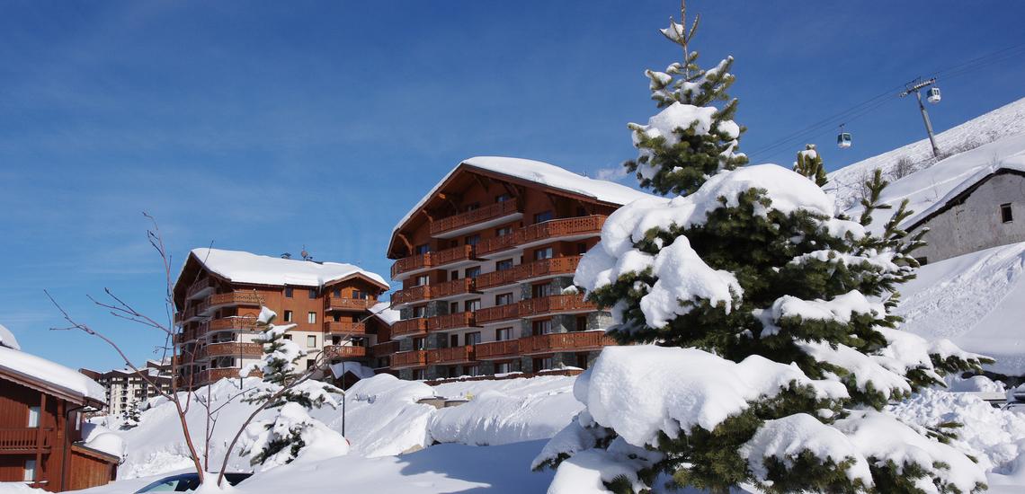 Residenz und Gondelbahn  ∙ Ferienwohnungen, Les Menuires, Trois Vallees ∙ Les Chalets de l'Adonis