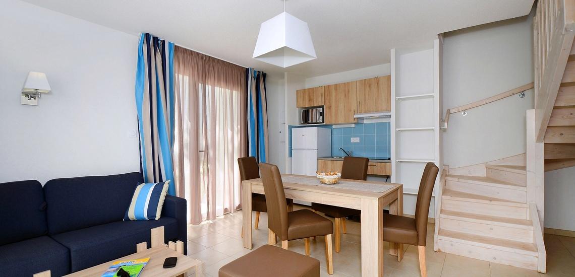 Wohnzimmer in einer Maisonette-Whg der Residenz Nakara in Cap d'Agde