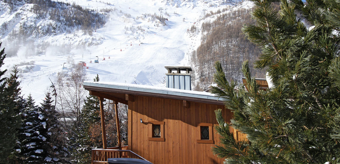 Chalet Le Cabri in Val d'Isere. Chalet Le Cabri in Val d'Isere. Chalet und Ausblick