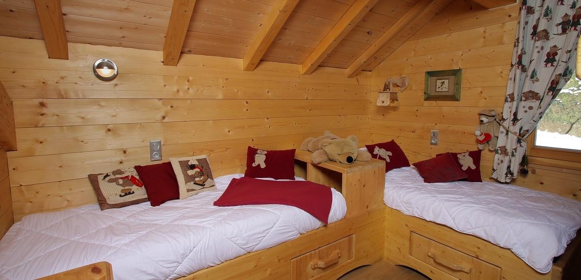 Chalet Le Jardin d'Hiver · Ihr Chalet in La Toussuire / Skigebiet Les Sybelles · Schlafzimmer mit Einzelbetten
