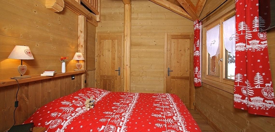 Chalet Prestige Lodge in Les 2 Alpes / Deux Alpes · Schlafzimmer mit Doppelbett