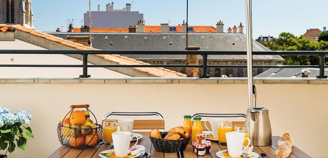 Biarritz · Ferienwohnungen · Les Patios Eugenie - Balkon