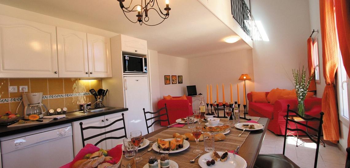 Eine Ferienwohnung in der Residenz Le Domaine de Bourgeac · Paradou · Provence-Alpes / Cote d'Azur, Südfrankreich.