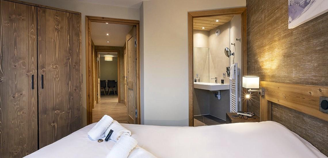 Ferienwohnungen Daria-I Nor in Alpe d'Huez - Schlafzimmer mit Bad