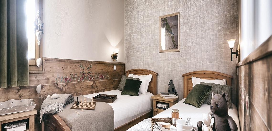 Les Montagnettes Soleil 1, Val Thorens, Trois Vallees.  Schlafzimmer mit 2 Einzelbetten.