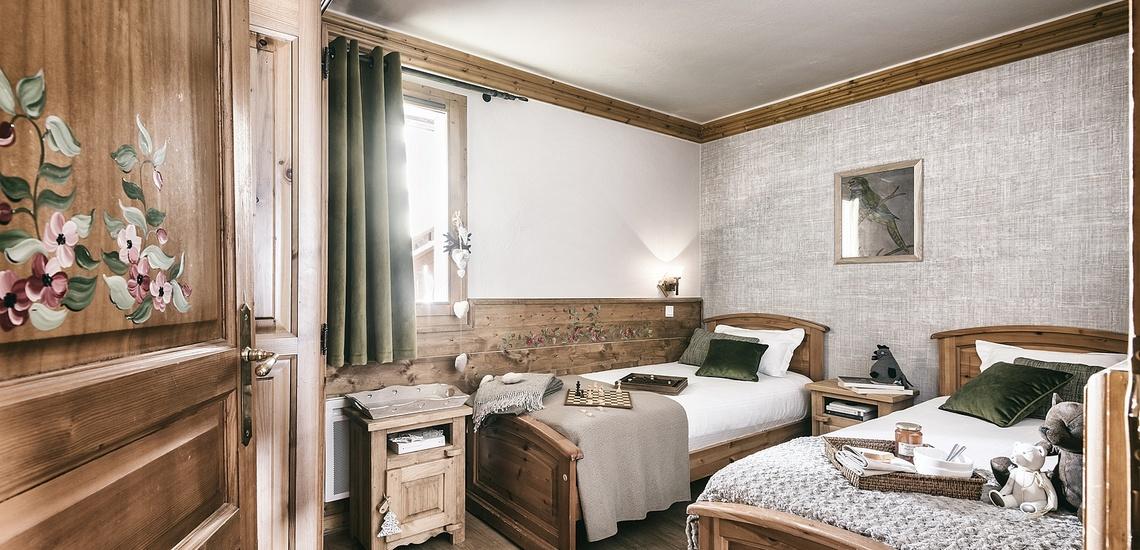 Les Montagnettes Soleil 1, Val Thorens, Trois Vallees.  Schlafzimmer m 2 Einzelbetten
