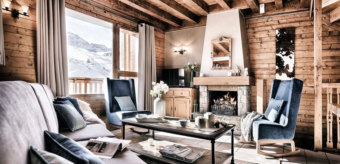 Les Montagnettes Soleil 2 in Val Thorens (Les 3  Vallees, Frankreich),  Wohnzimmer mit offenem Kamin