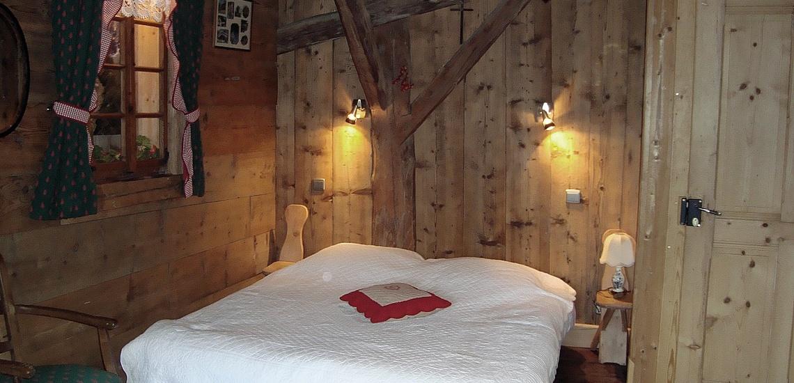 Doppelbett, Chalet MRZ-C104, Morzine Avoiaz, Skigebiet Portes du Soleil