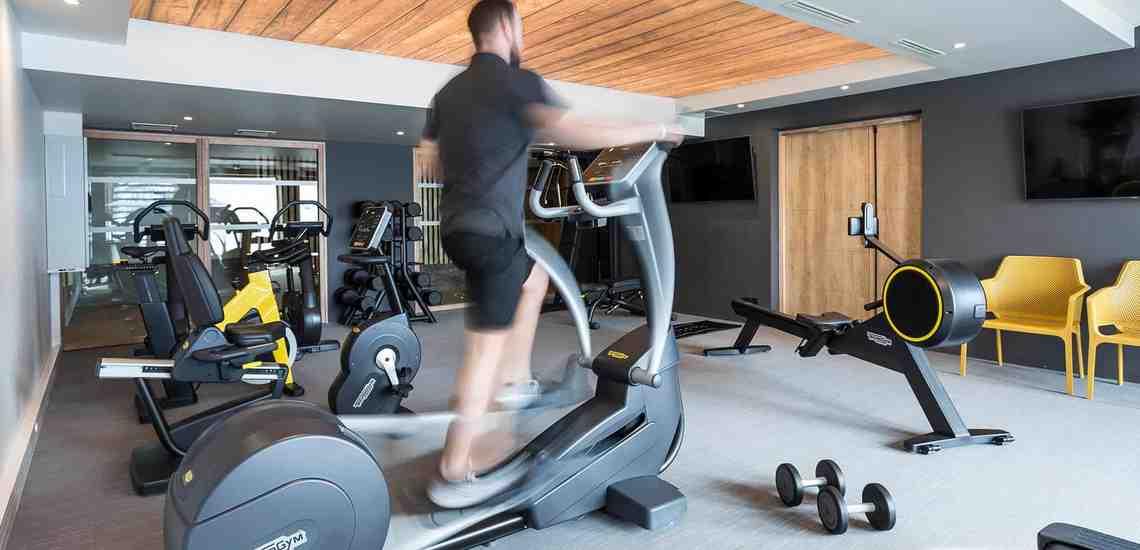 Fitnessraum des Alparena Hotel & Spa, Unterkünfte in La Rosiere, Skigebiet Espace San Bernardo, Skireisen/Skiurlaub in Frankreich, französische Alpen.