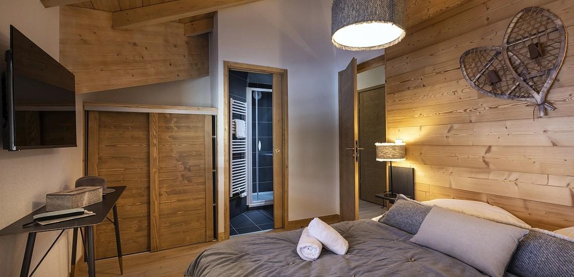 Unterkünfte • Ferienwohnung Neige et Soleil • Les 2 Alpes / Deux Alpes •  Schlafzimmer, Bad