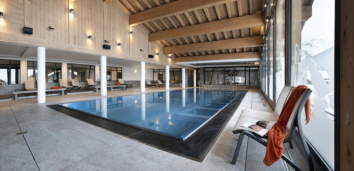 Alpen Lodge Ferienwohnungen in La Rosiere - Pool