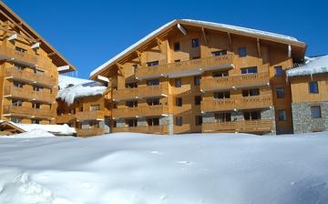 Ferienwohnungen Sun Valley in La Plagne Soleil, direkt an der Piste im Skigebiet Paradiski La Plagne. Ferienwohnungen inklusive Skipass im Herzen des Skigebiets. Skiurlaub in Frankreich. Skifahren in den französischen Alpen.