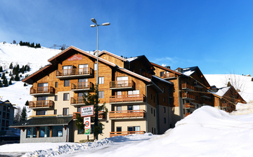 Unterkünfte ∙ Ferienwohnung Les Balcons d'Aurea ∙ Auris en Oisans (1600 m) ∙ Skigebiet Alpe d'Huez ∙ Ferienwohnungen Frankreich ∙ Skifahren in den französischen Alpen.