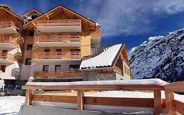 FERIENWOHNUNGEN ALPE D'HUEZ – VAUJANY – LE CRYSTAL BLANC: Skireisen, Winterurlaub! Skifahren in den französischen Alpen - Ferienwohnungen in der Residenz Le Crystal Blanc, direkt im Skigebiet Alpe d'Huez, Vaujany (1250 m)