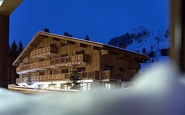 Le Grand Bornand · Ferienwohnungen · Le Roc des Tours -  Skireisen, Winterurlaub! Skifahren in den französischen Alpen - Ferienwohnungen in der Komfort-Unterkunft Residenz Le Roc des Tours, im Skigebiet Massif des Aravis, Grand Bornand-Chinaillon (1300 m). Skiurlaub in Frankreich.