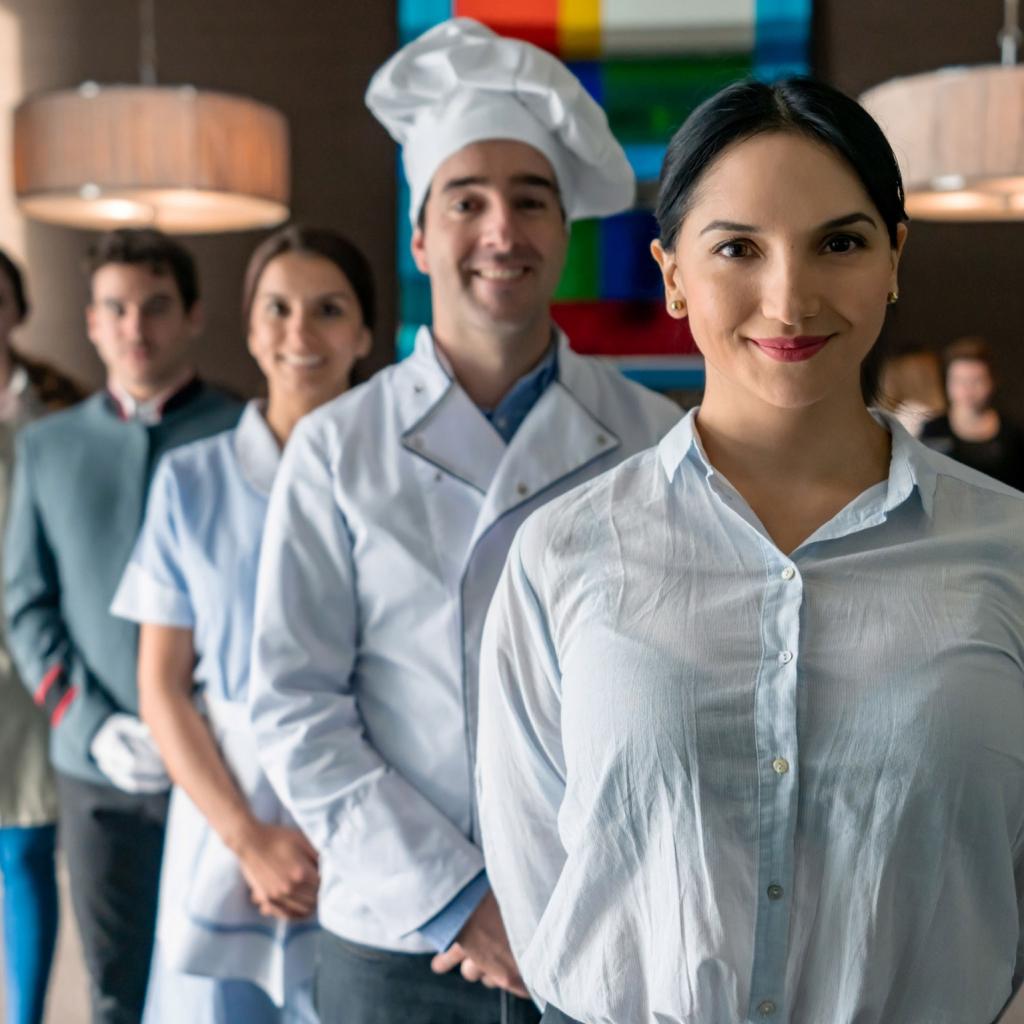 Extra Staff, maids, chefs