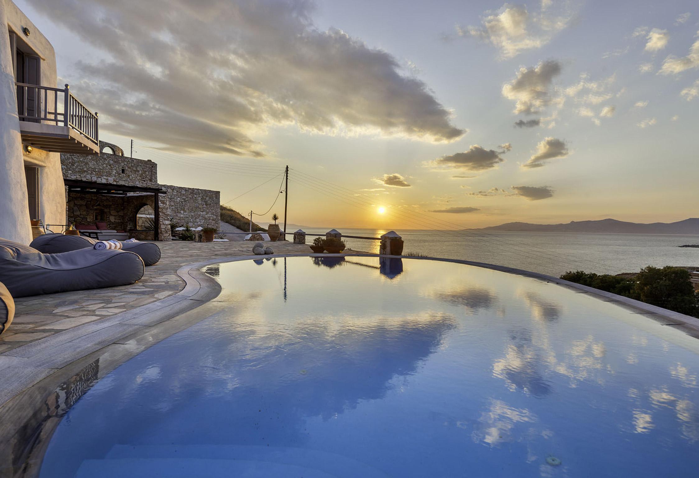 Mykonos Villa of Gods jumbotron image