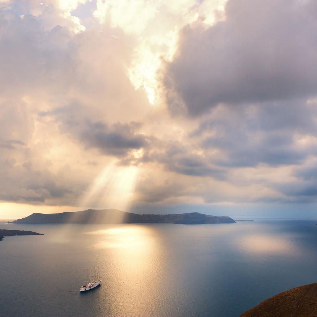 Private Cruise, Santorini, Alluring Caldera Sunset, Half Day