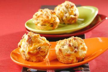 Heerlijke hartige muffins gevuld met ham en kaas.