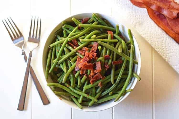 Sperziebonen met bacon en ui