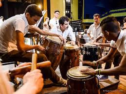 braziliaanse percussie www.loekie.nu