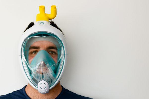 Isinnova propose dès la mi-mars un adaptateur pour convertir les masques de plongée. DR.