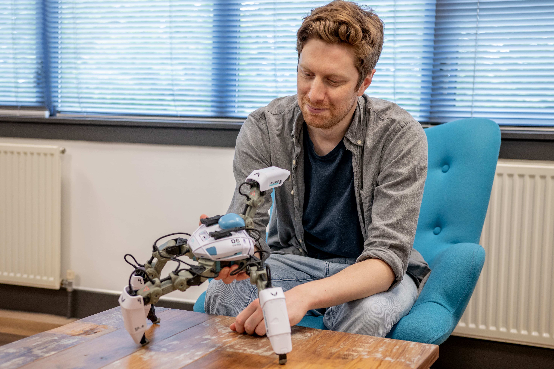 animator with robot