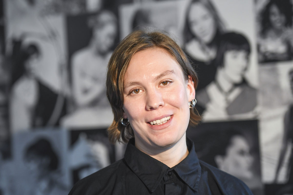 Heidi Karjalainen suunnittelee itsenäisyyspäivän juhlapuvun rouva Jenni Haukiolle