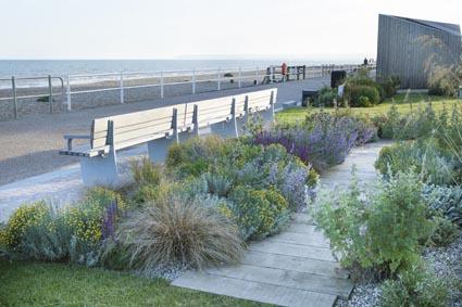 Kansainvälisesti arvostettu puutarhasuunnittelija Habitareen