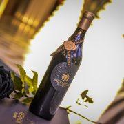 Луксозна кутия, уникален подарък, Вино и черна роза