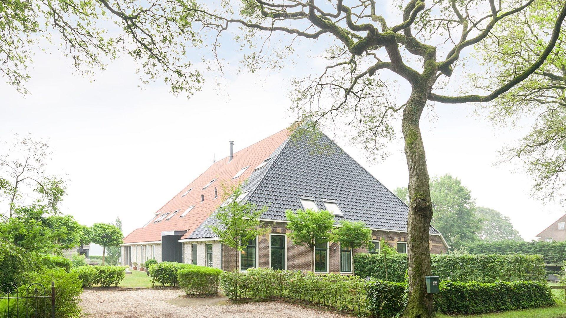 Aankoop woonboerderij Friesland Oudemirdum