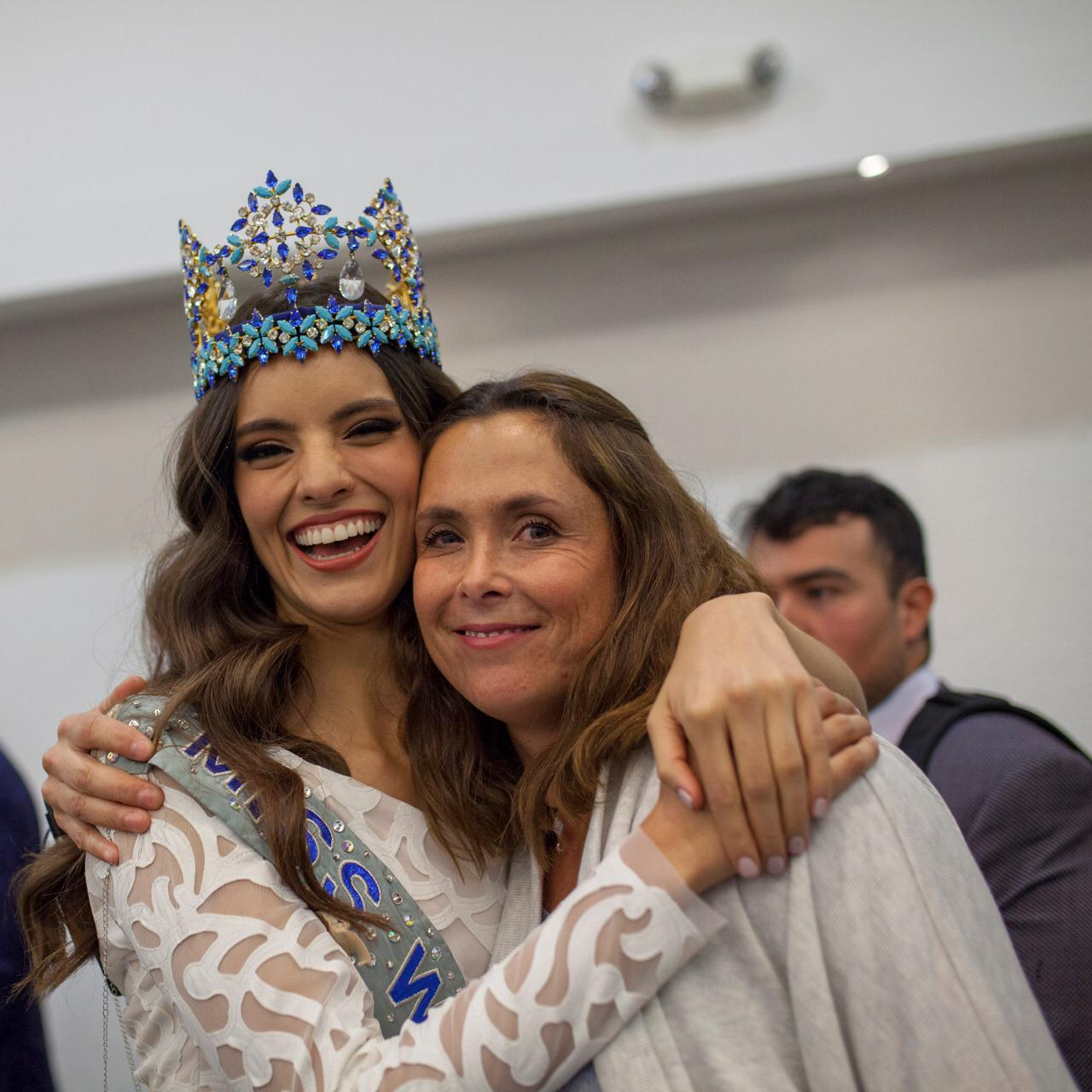 Official Thread of Miss World 2018 ® Vanessa Ponce De León - MEXICO - Page 3 PHOTO-2019-01-10-22-32-53