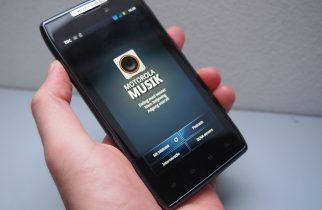 Motorola Razr test – se det er en smart smartphone!