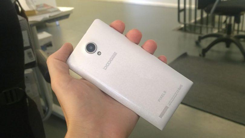Dogee Pixels DG350 test: Ultra billig Android med retina-skærm