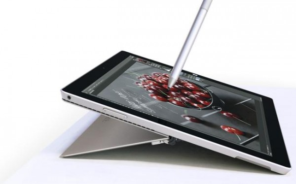 Microsoft ventes at lancere ny Surface i april