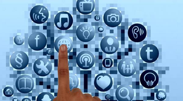 66 procent af danskerne: Mobilen gør os mere sociale