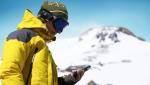 Sådan beskytter du mobilen mod kulde og fugt på vinterferien
