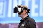 Tech-kæmpe satser på virtual reality-headset uden mobil og kabler