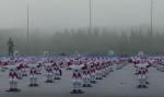 Se 1007 robotter slå verdensrekorden i synkrondans