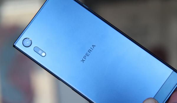 Sony klar med rammefri topmodel i starten af 2018