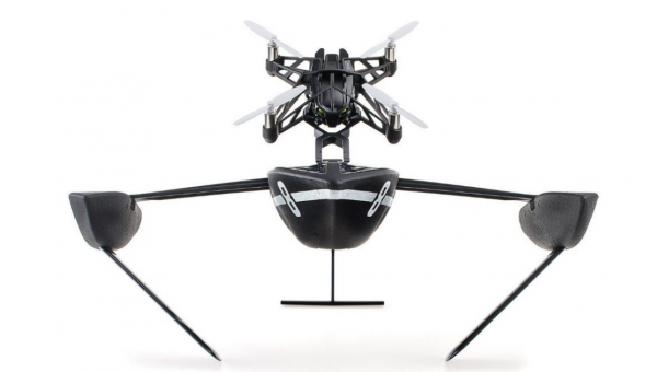 Drone du kan styre med iPhone og Android: Parrot Mini Drone Hydrofoil