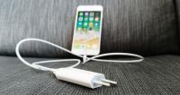 hvor hurtig kan iPhone 8 plus lade op batteri