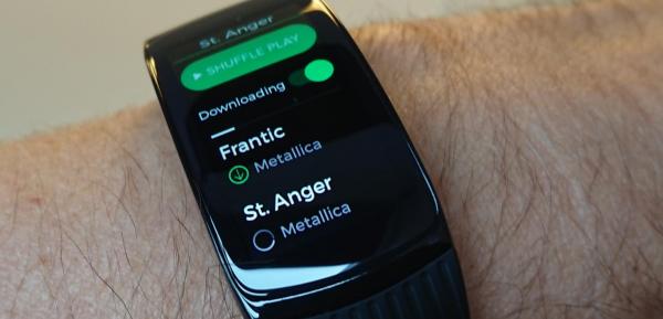 offline spotify musik på gear fit2 pro