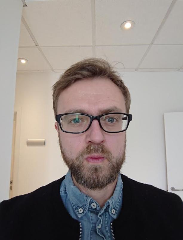 test af kamera sony xperia xz2  selfie