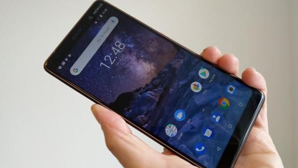 Test og anmeldelse af Nokia 7 Plus – imponerer til prisen