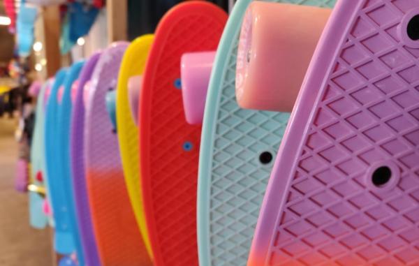oneplus 6 bokeh skateboard