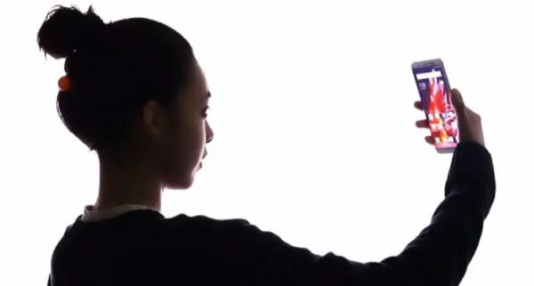 Kæmpe test: Kan mobiltelefoner med ansigtsgenkendelse låses op med billede?