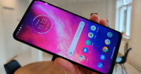 motorola one hyper test pris
