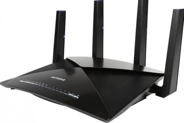 bedste router  Netgear Nighthawk X10 AD7200 Smart WiFi Router (R9000)